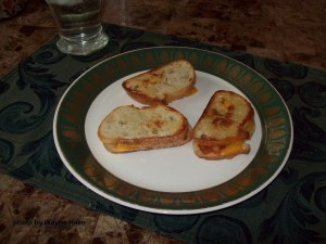 Bacon and Cheese Grilled Sandwiches